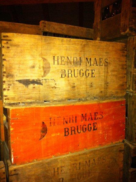 Oude kratten Henri Maes